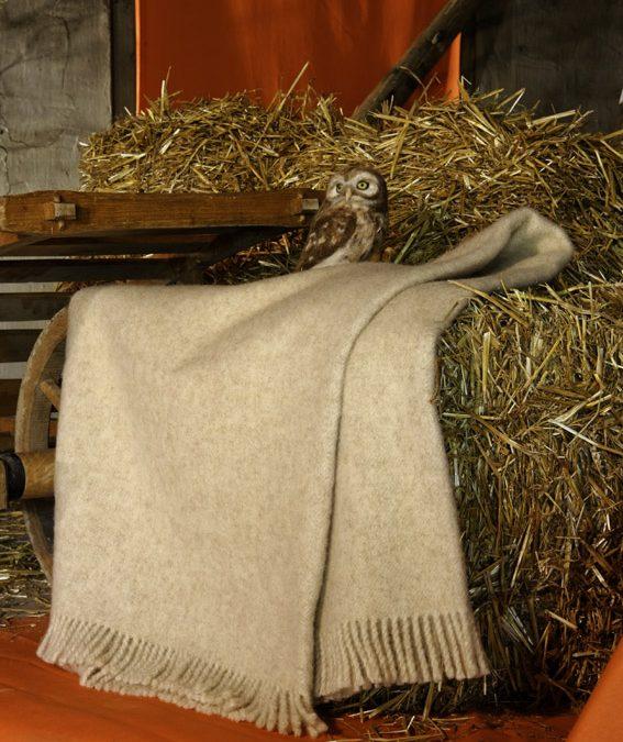 Wolldecke aus 100 % Schurwolle